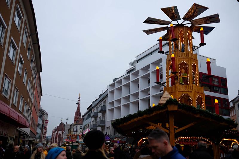 Wurzburg_ChristmasMarket-161126-16.jpg