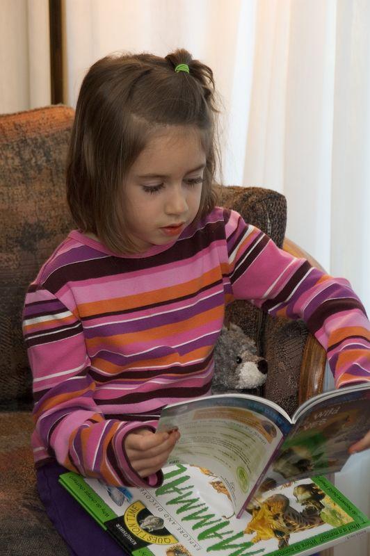 Rebecca reads one of her new books   (Nov 26, 2004, 03:07pm)