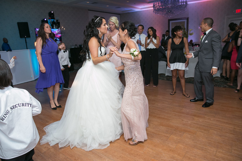 31_speeches_ReadyToGoPRODUCTIONS.com_New York_New Jersey_Wedding_Photographer_J+P (1118).jpg