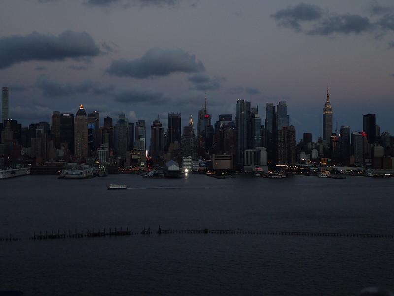 EPM2-NYCMoonrise200816_185313_0272.JPG