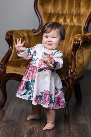 Lorelai's First Birthday Portraits