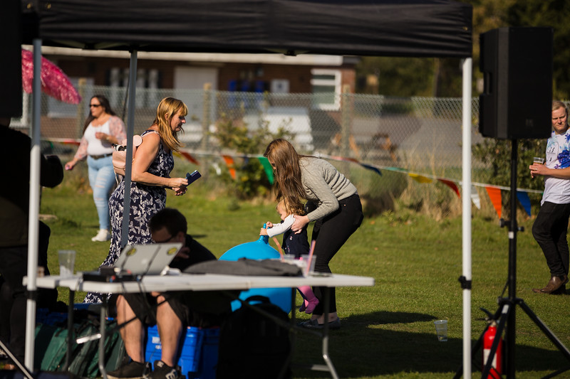 bensavellphotography_lloyds_clinical_homecare_family_fun_day_event_photography (309 of 405).jpg