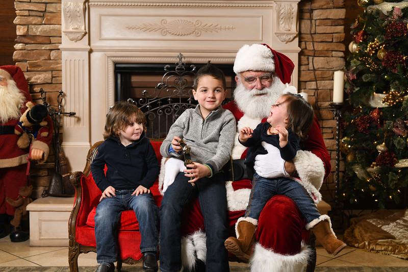 Santa2018.TylerBoye.-261.jpg