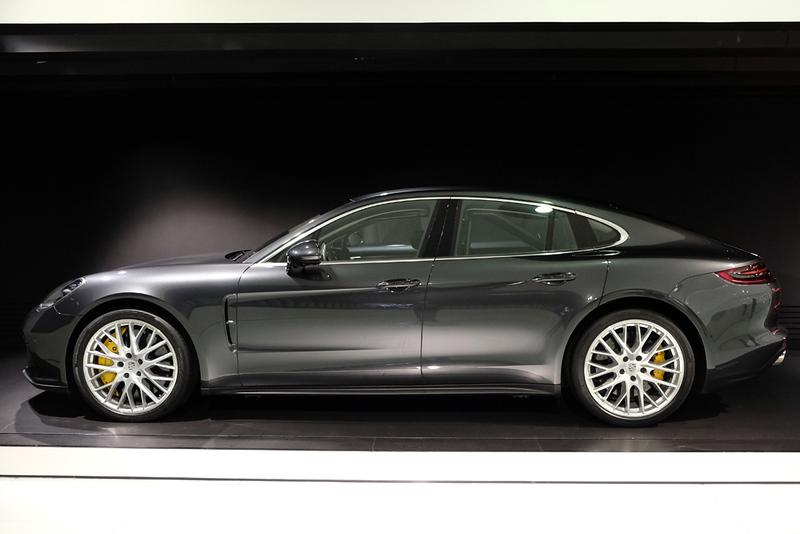 Porsche Museum Panamera.jpg