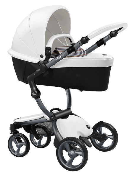Mima_Xari_Product_Shot_Snow_White_Graphite_Chassis_Autumn_Stripes_Carrycot.jpg