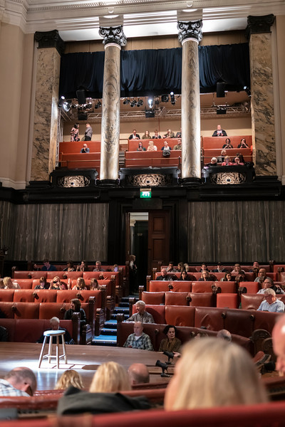London County Hall for performance of Witness for the Prosecution.jpg