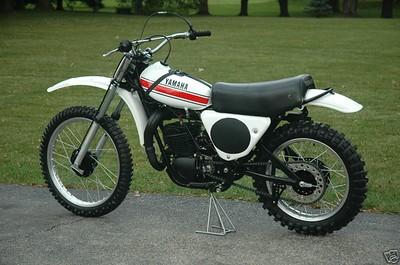 1975 YZ 360B
