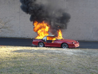 PepBoys Car Fire 1-28-06