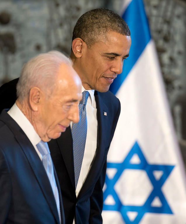 . President Barack Obama and Israeli President Shimon Peres leave the stage after President Obama signed a guest book, Wednesday, March 20, 2013, at Israeli President Shimon Peres residence in Jerusalem. (AP Photo/Carolyn Kaster)