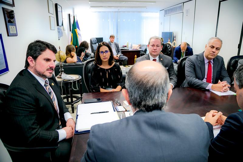 Representantes FRENTAS_Senador Marcos do Val_Foto Felipe Menezes_07.jpg