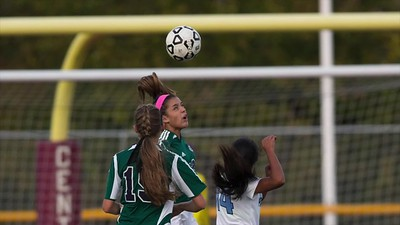 Girls Soccer SCT Finals 16 Slideshow