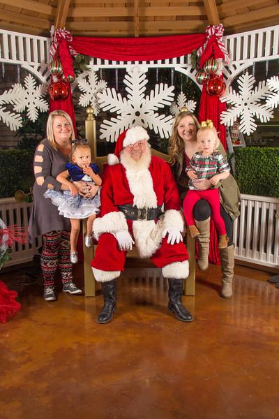 Santa 12-16-17-37.jpg