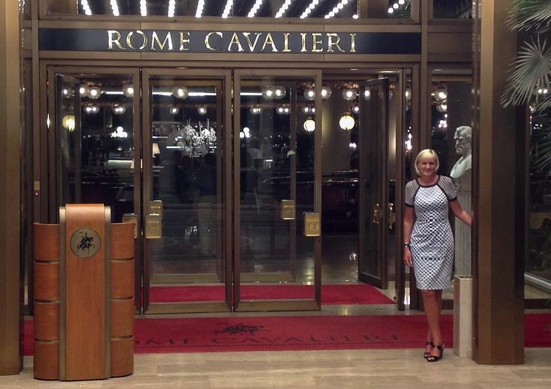 Jean outside Cavalieri