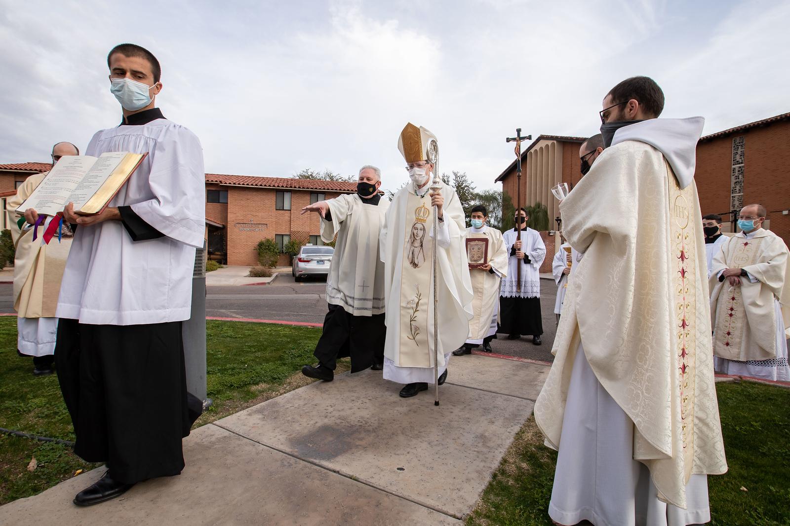 Consecrated_Life_Mass_085.jpg
