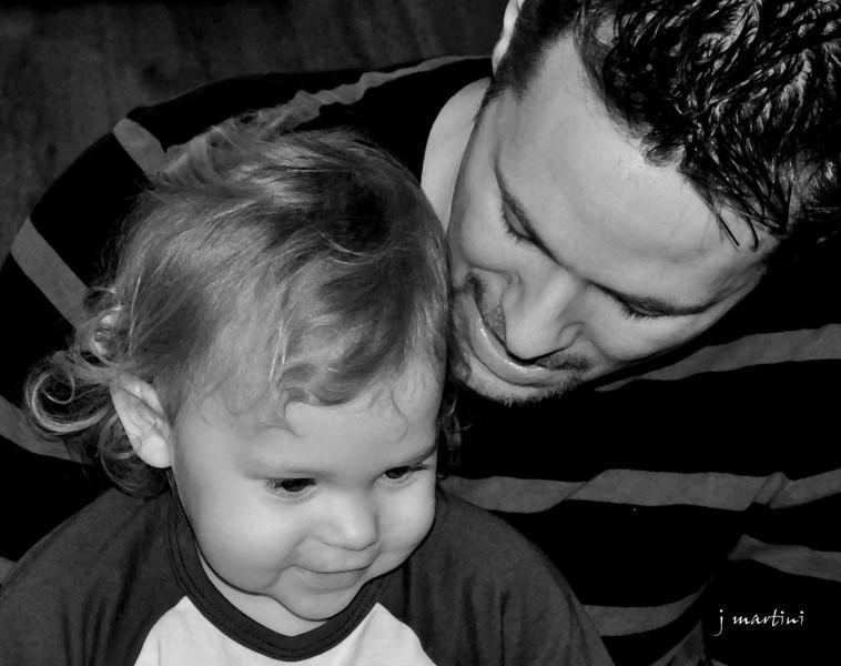 daddy loves me 8-8-2011.jpg