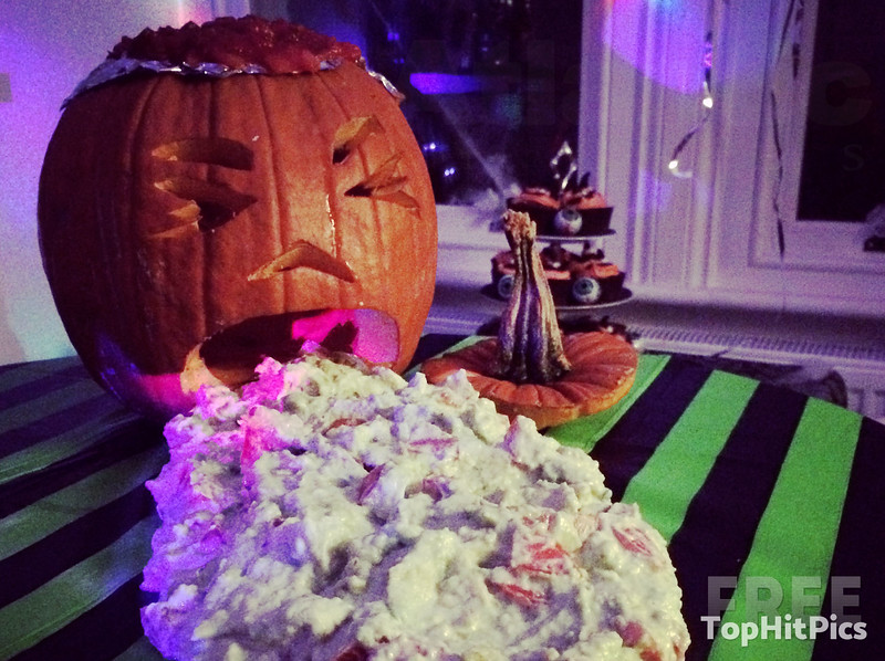 Halloween Pumpkin Puke Guacamole!
