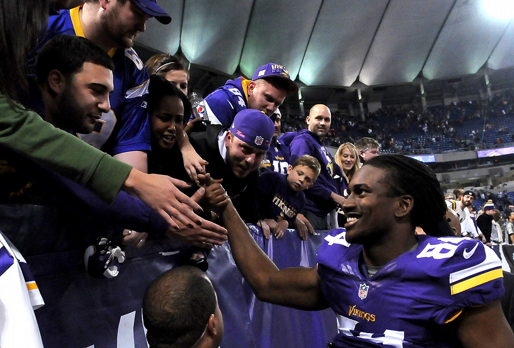 . Wide receiver Cordarrelle Patterson celebrates his first NFL win in the United States. (Pioneer Press: Sherri LaRose-Chiglo)