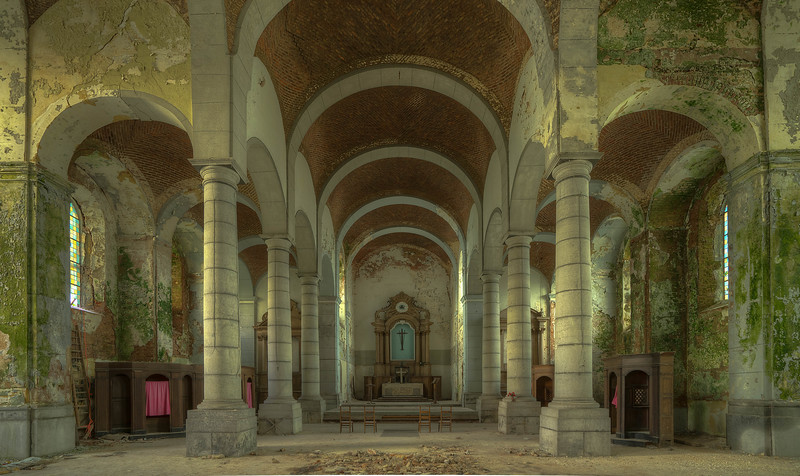 Urbex - Church of Decay (BE)