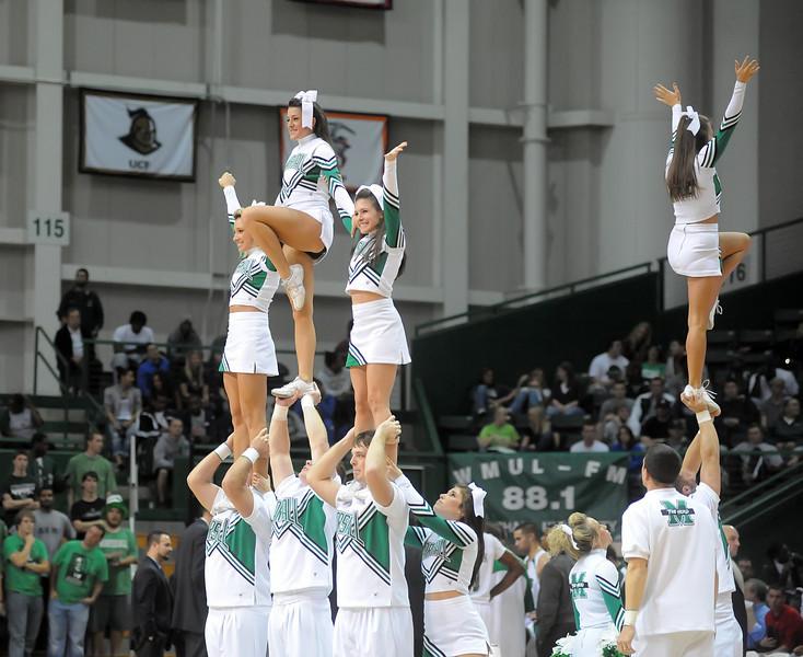 cheerleaders2180