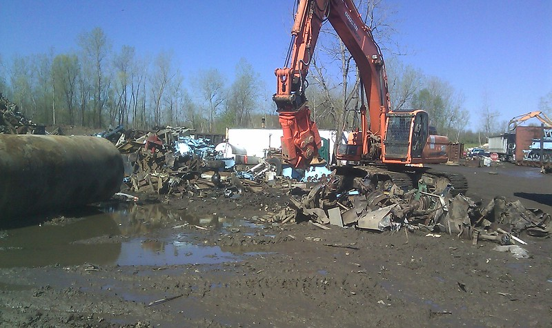 NPK M35K demolition shear on Doosan excavator-C&D recycling (6).jpg