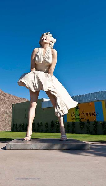 MM Statue.jpg