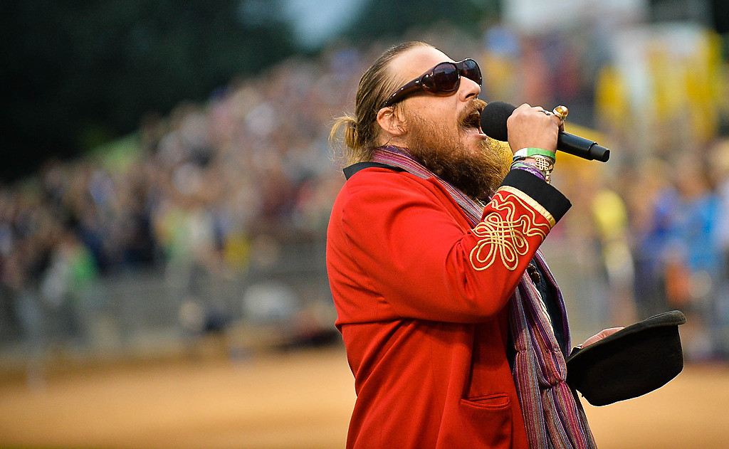 ". Nicholas David of St. Paul, a finalist on ""The Voice,\"" sings the National Anthem. (Pioneer Press: Ben Garvin)"