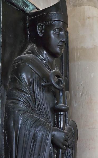 Magdeburg, Dom. Grabplatte Wichmann, Detail