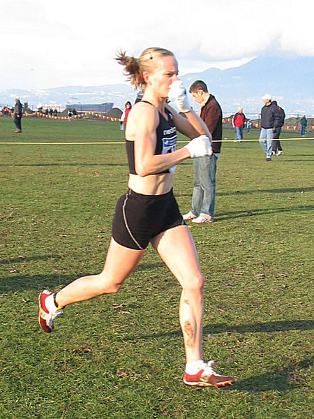2005 Canadian XC Championships - Carmen Douma-Hussar honks and wins