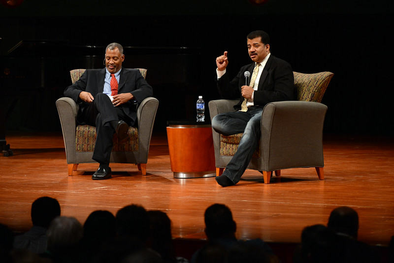 dr-neil-degrasse-tyson-answers-questions-from-the-audience-during-the-distinguished-speaker-series_13582977923_o.jpg