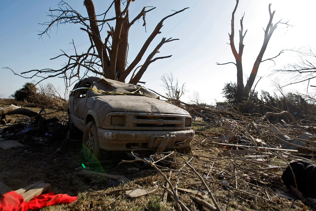 . Wreckage on IL-64 after a tornado came through the previous night, on April 10, 2015 in Rochelle, Illinois. According to reports, 11 people were injured and one person was killed when tornadoes and thunderstorms passed through the northwestern suburbs of Chicago. (Photo by Jon Durr/Getty Images)