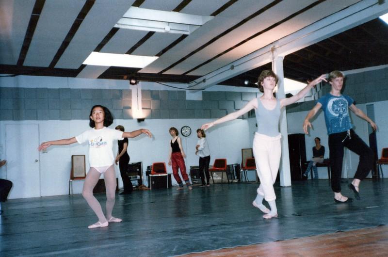 Dance_0585_a.jpg