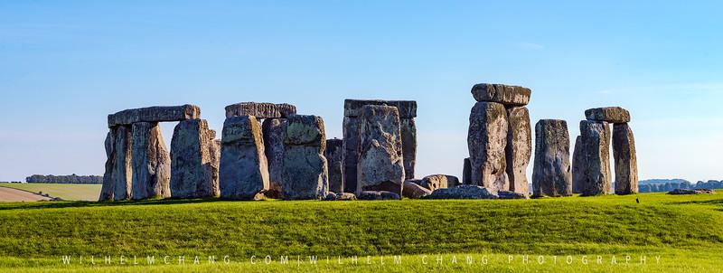 Stonehenge-3.jpg