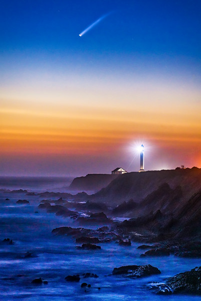 Point Arena Lighthouse & Comet NEOWISE
