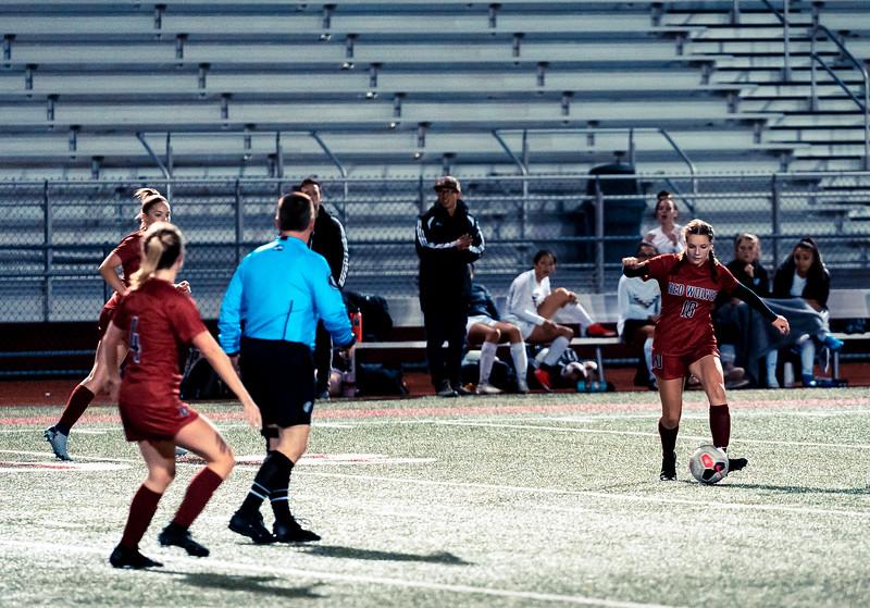 2019-10-24 Varsity Girls vs Lynnwood 093.jpg