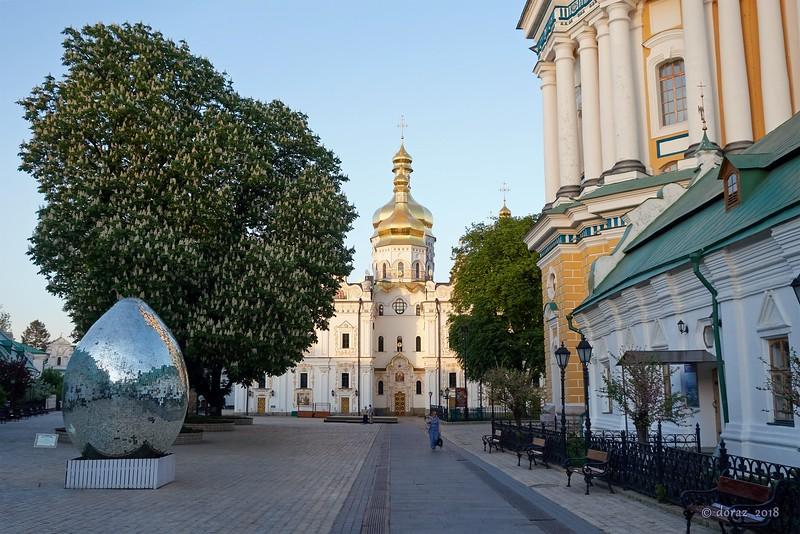 06 Kyiv, Pecherska Lavra.jpg