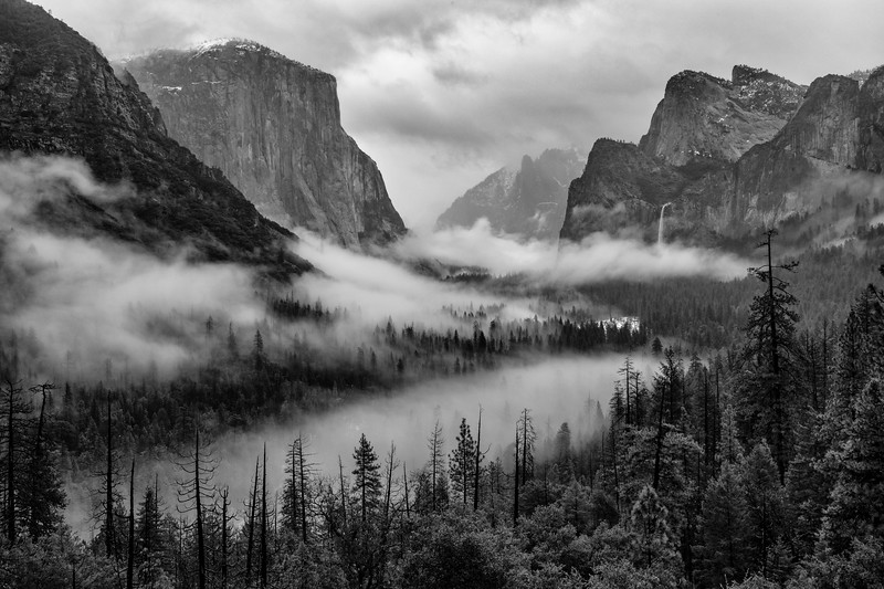 Tunnel View with fog.jpg