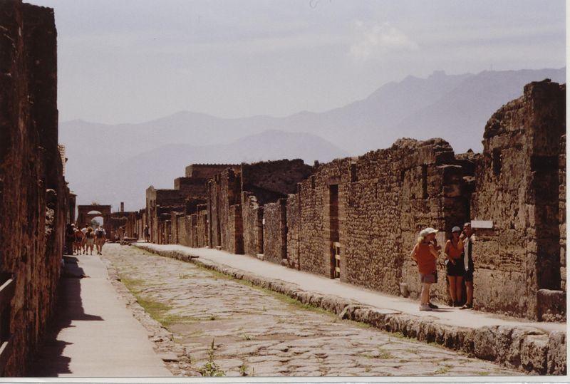 Pompeii 001.jpg