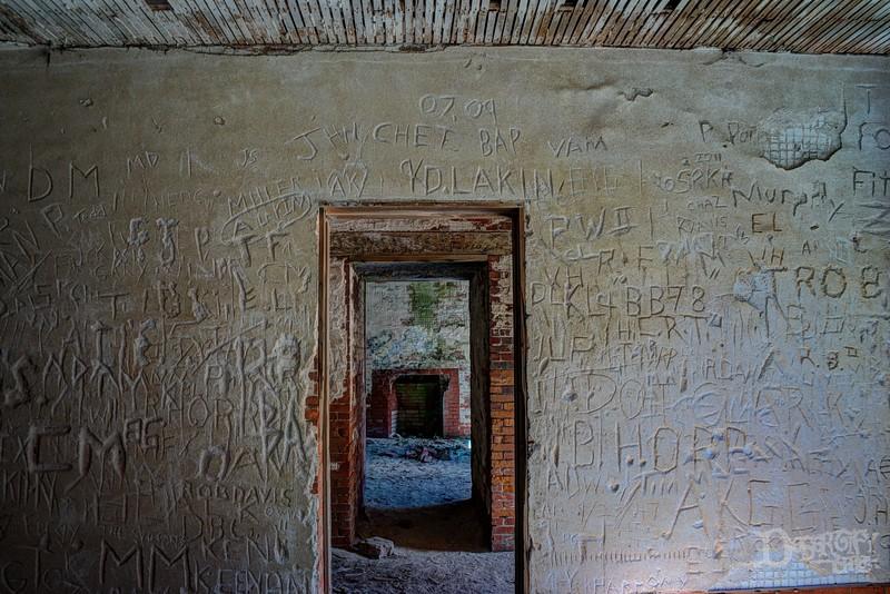 doorway 3.jpg