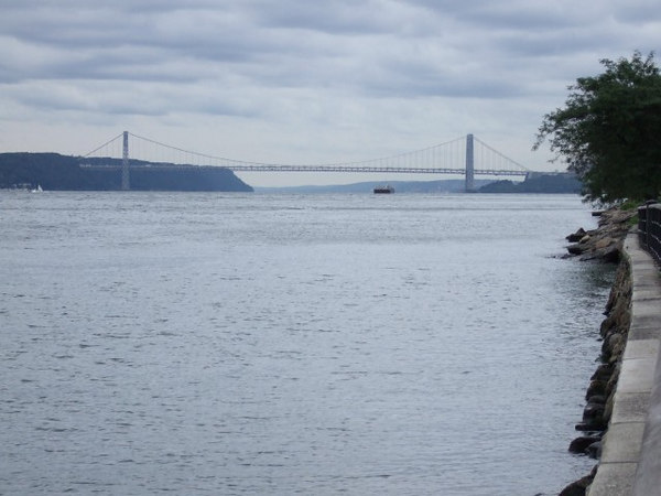 One last stop, lookin back north at the George Washington Bridge