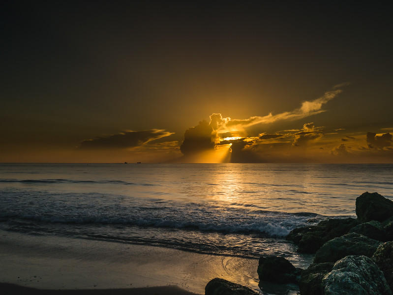 The sun rises over Midtown Beach in Palm Beach on Thursday, August 17, 2017. (Joseph Forzano / Deep Creek Images)