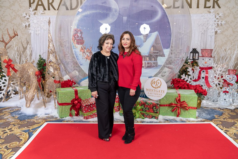 Westgate_Holiday_Party_S&R_2018-26.jpg