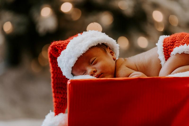 newborn-harrison_117.jpg