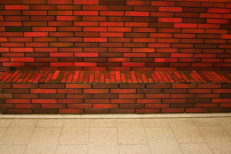 brick bench05.JPG