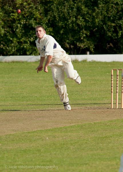 110820 - cricket - 431-2.jpg