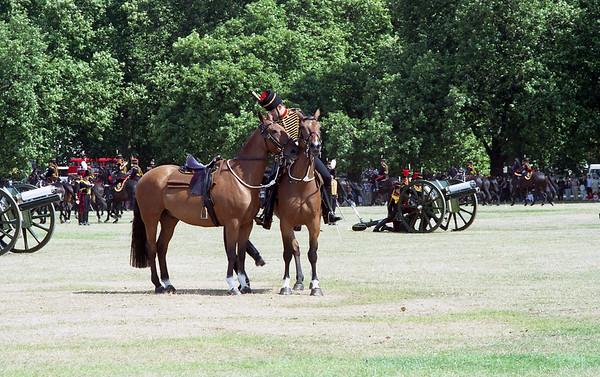 2001-08-04 Hyde Park & 41 Gun Salute