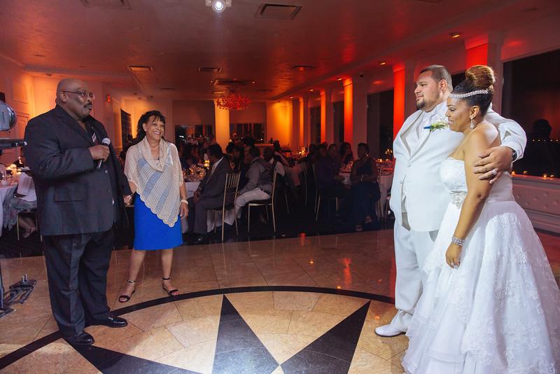 MER__1340_tonya_josh_new jerrsey wedding photography.jpg