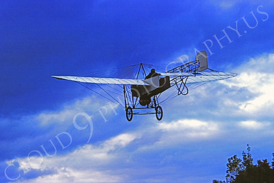 French Bleriot XI Airplane Pictures [Replica]