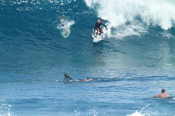 SURFING HO'OKIPA DEC 2012