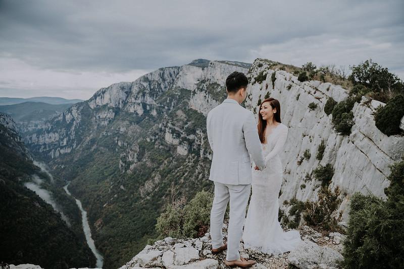 Tu-Nguyen-Destination-Wedding-Photographer-Rougon-South-of-France-Videographer-Ryan-Sophia-143.jpg