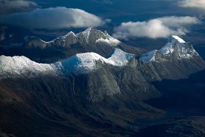 Winter approaching on Børvasstindene